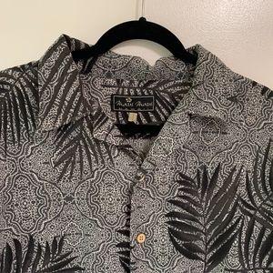 Other - Maui Maui HAWAII Mens Hawaiin Shirt SZ. L